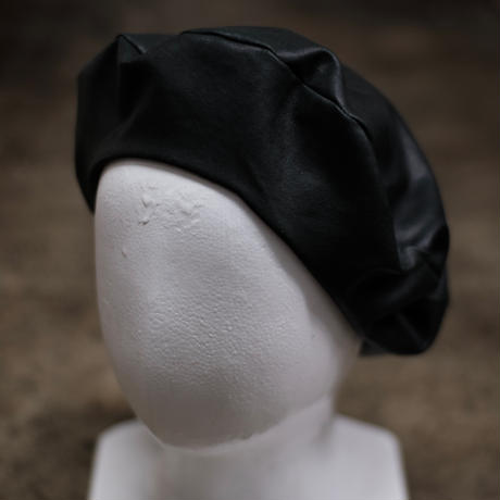 STRETCH LEATHER BERET