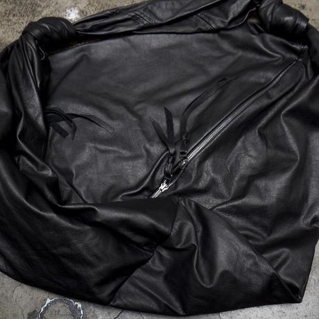 SHOULDER BAG / SMALL TRIANGLE