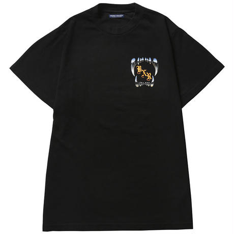 BORN X RAISED / FANGORIA TEE (BLACK)