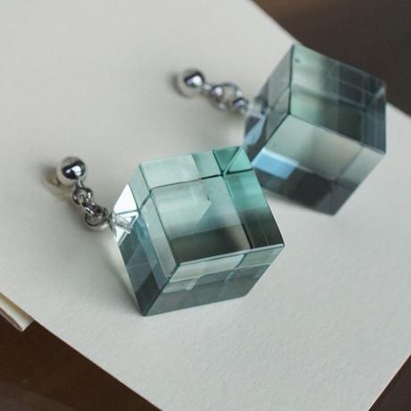 pierce「Cube」小島 有香子  015996-1-180