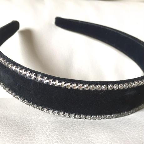 ヌバックレザー(両端にスワロ付き)のカチューシャ  黒