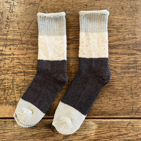 ASEEDONCLÖUD   Seasonal socks  [ Grey Green ]