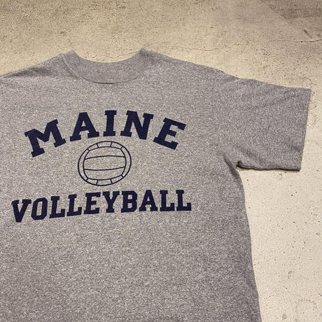 """""""MAINE VOLLEYBALL"""" Tシャツ"""
