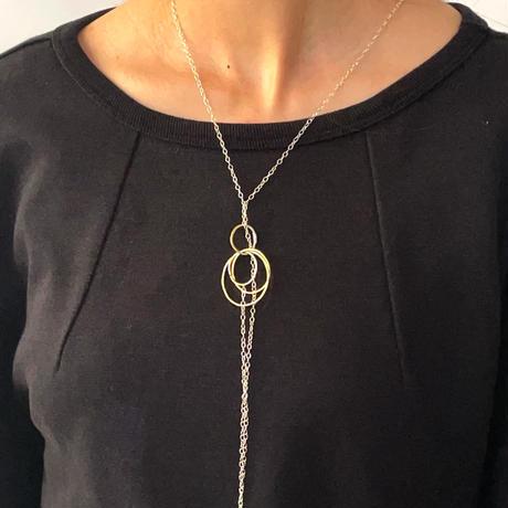 Jona  /  bubbles link long necklace / white