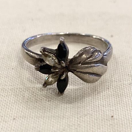 シルバーリング 花モチーフ