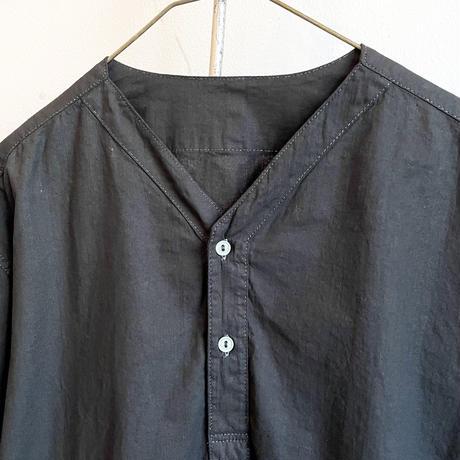 ロシア スリーピングシャツ ヘンリーネック 後染めblack