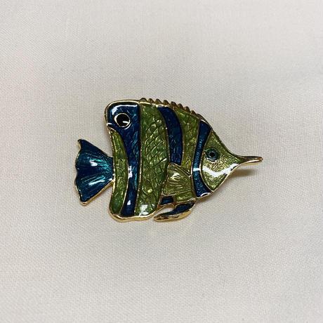 魚ブローチ