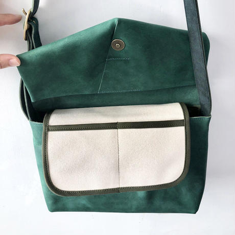 ohta  letter bag    blue green
