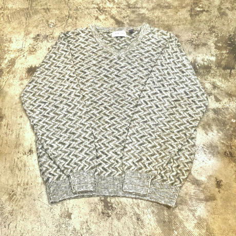 Made in USA  Vネックコットンニットセーター
