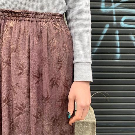 アシンメトリー刺繍スカート