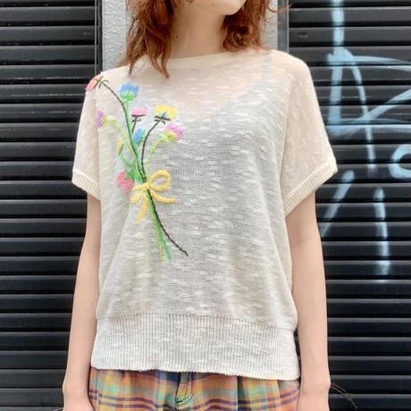 花刺繍 半袖ニット