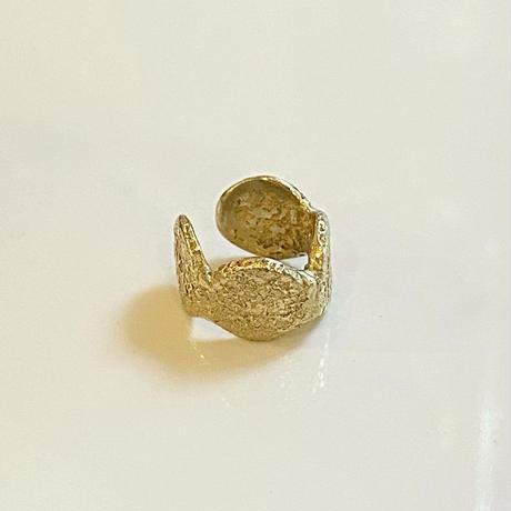 Jona    dot ear cuff / gold (S)