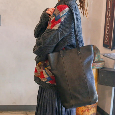Inswirl PORTRAIT TOTE BAG【 BLACK / OLIVE 】