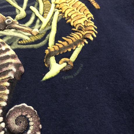 """""""Birch Aquarium"""" タツノオトシゴTシャツ"""