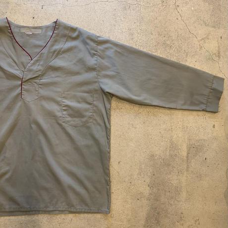 パジャマシャツ