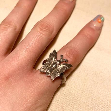 シルバーリング 蝶々