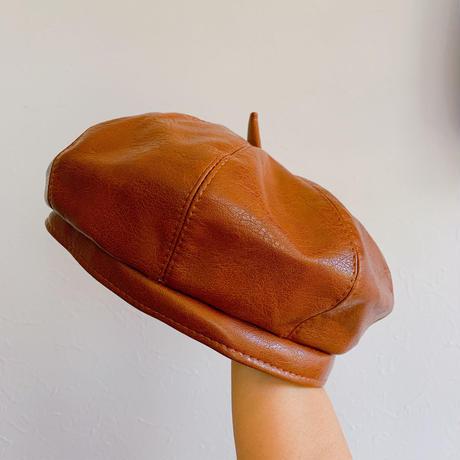 キャメルレザー風ベレー帽
