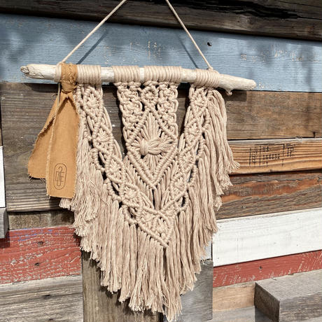 macramé tapestry  by Due 2