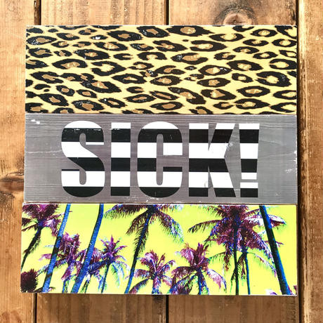 Wood plate by sea shorinc.
