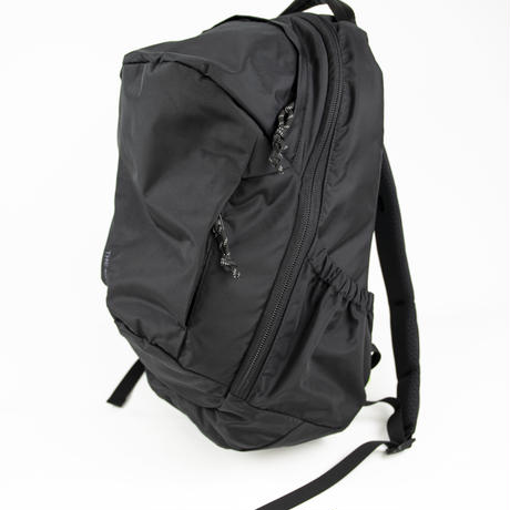 LIGHT NYLON BACKPACK (VBOM-5552)