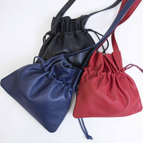 革のピスネームで上品♡ little purse leather shoulder