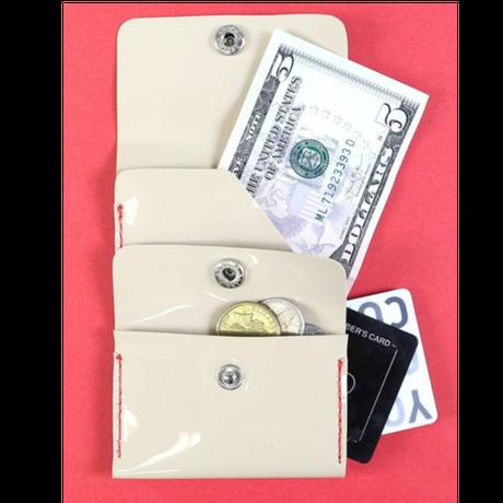 【夏に気軽に使えるオススメアイテム♡】手のひらサイズなのにお札、小銭、カードも入っちゃう functional minimal wallet