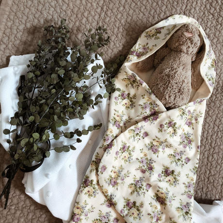 3 color |vintage print organic cotton baby swaddle
