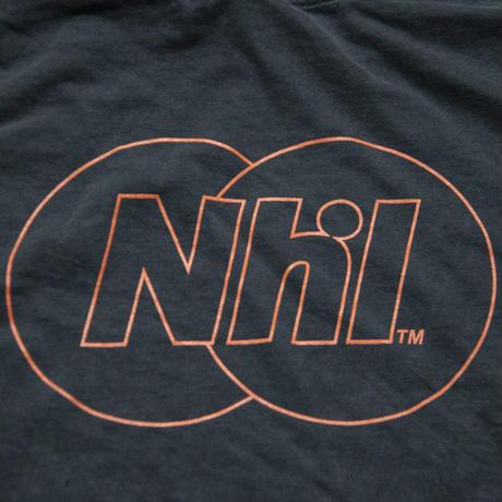 Nhl Sporting logo Tee / Sumi black × Safety orange