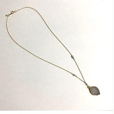 ドゥルジークオーツのネックレス