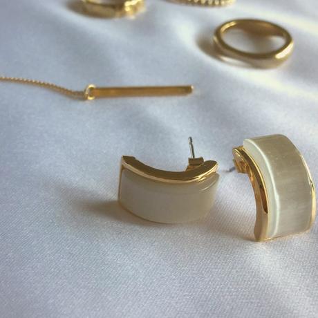 Classic type  Square opal pierce