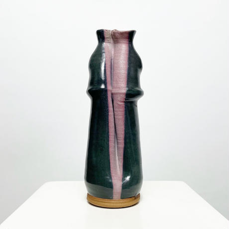 Ceamic art vase