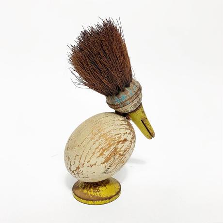 Wood brush bird