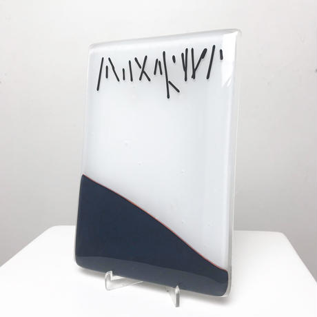 Abstract design glass plate