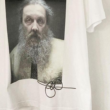 """Alan Moore"" photo by Jonathan Worth / designed by 西村浩平(DIGAWEL)"