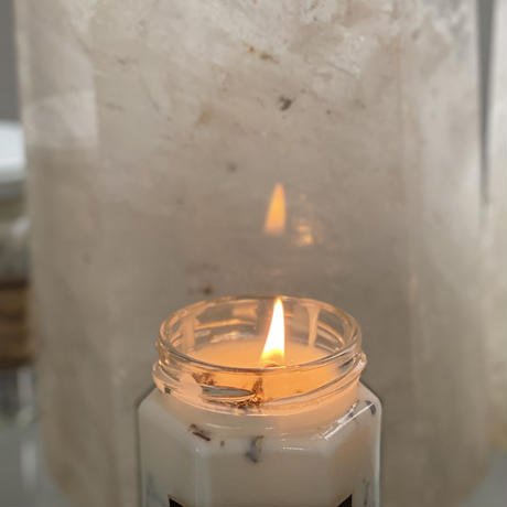 【フランキンセンスとセージの天然精油配合】ホワイトセージハーブとソイ(大豆)wax 意識の統合 浄化キャンドル