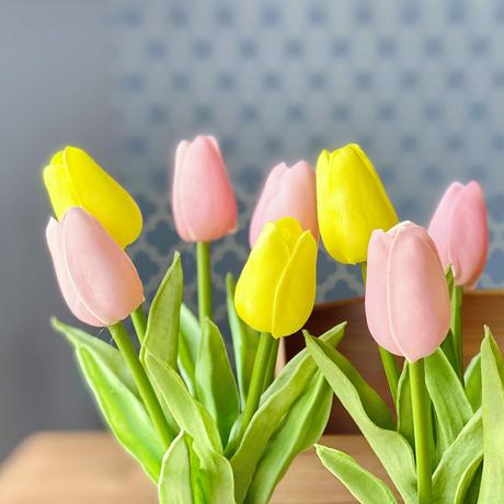 チューリップを水ジェルに生けた〜お手入れ不要〜pink&yellowのアーティフィシャルフラワー