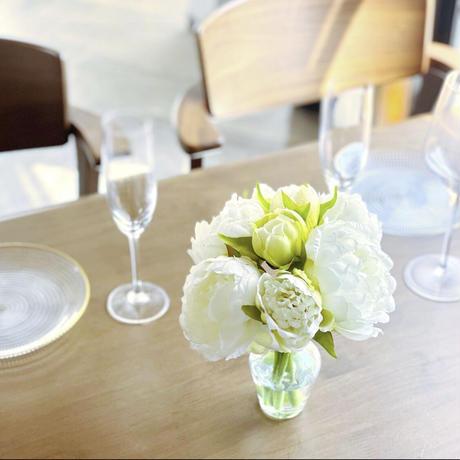 elegance white flowers-水換えなしのずっと綺麗な花瓶付きアートフラワー