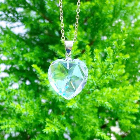 ハートの声に従って生きる 宝石質両多面カットクリスタルheartの光necklace最高級水晶14kgf 50㎝チェーン
