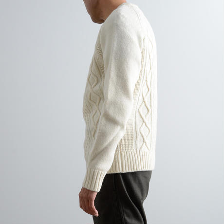 FUJITO / Cable Knit Sweater