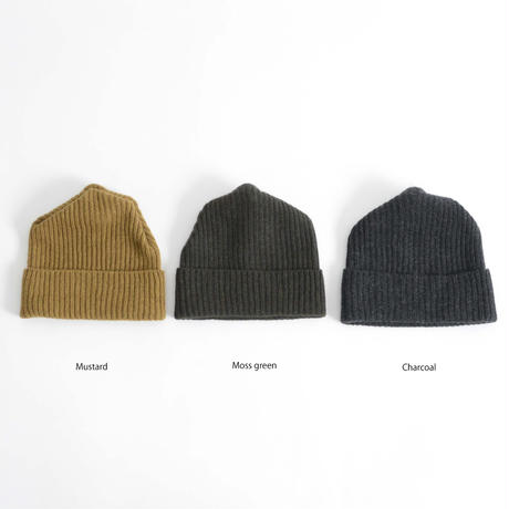 mature ha.  / Pleats knit cap