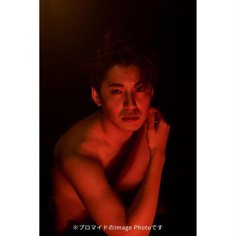 俳優大野拓朗 リモート写真集『Takuro Ohno Daily life in New York Remote Photographs by Asami』&『TOKYO VOICEプロマイド』付き①