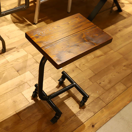 GRANDVIEW SIDE TABLE