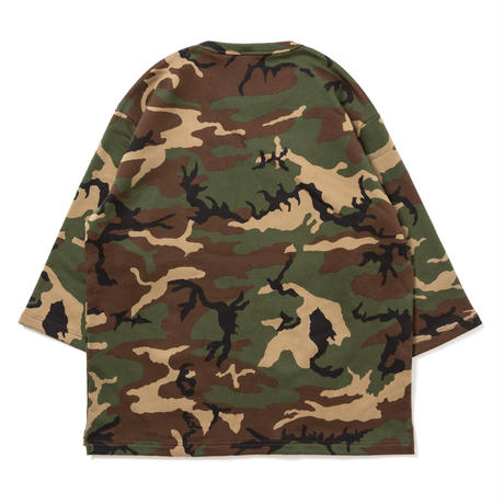 "APPLEBUM ""Woodland Camo 3/4 Crew Sweat"""