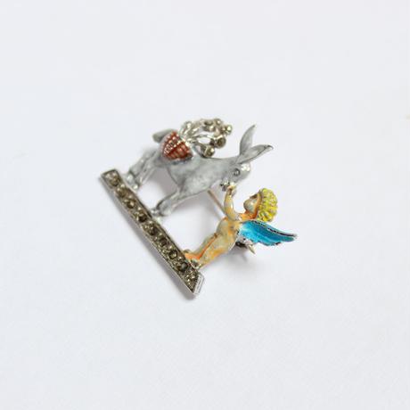 ロバと天使のブローチ*marcasite