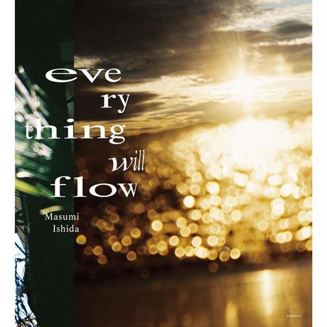 石田真澄写真集「everything will flow」(TISSUE PAPERS 05)