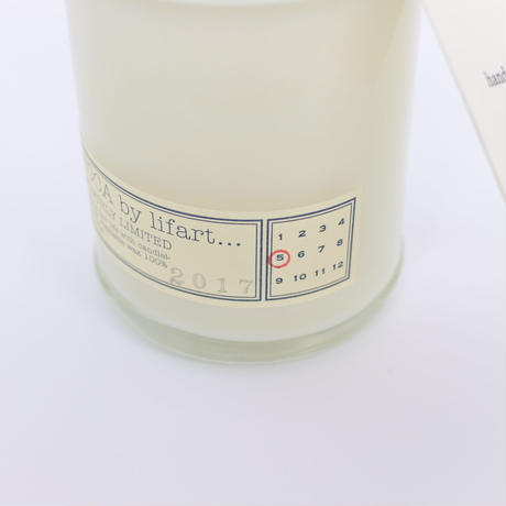 "fragrance candle ""MONTHLY LIMITED"" 2019.9."