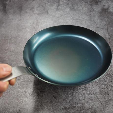 iron pan 18.5cm