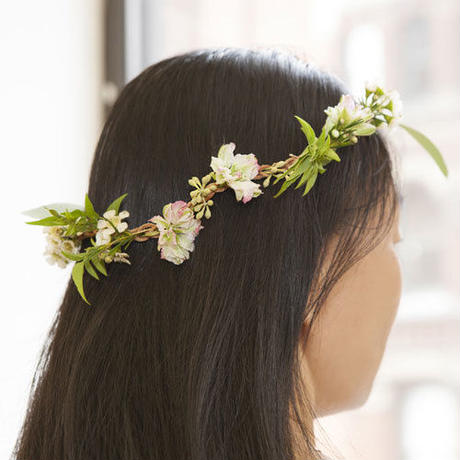 Huckleberry Fresh Flower Necklace