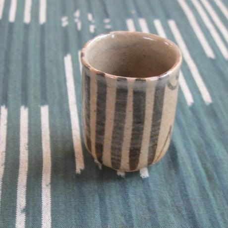 三玄窯(中里重利)絵唐津煎茶碗
