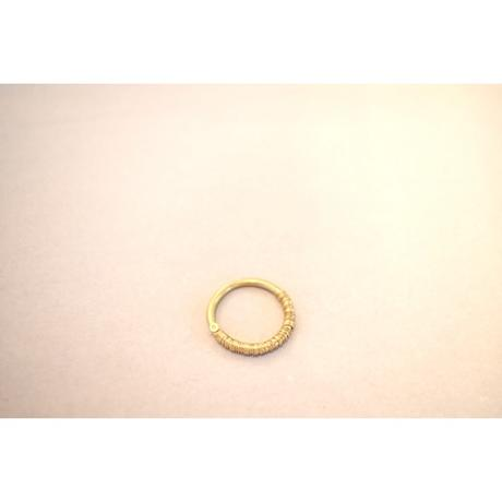 mocco 針金を巻いた金のリング 11号または13号